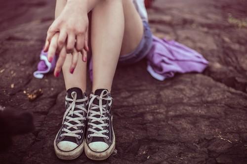 jambes adolescentes puberté vergetures